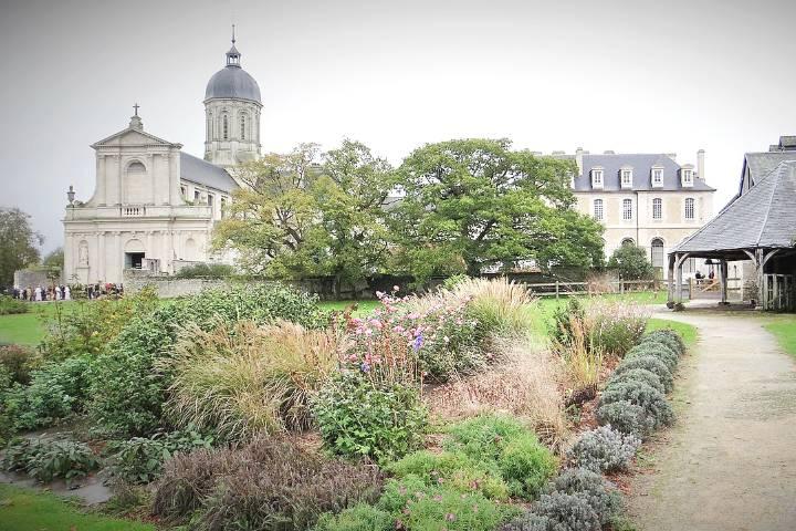 Mondaye : Abbaye