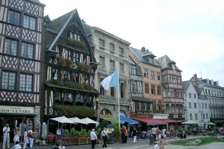 Rouen : Place du Vieux-Marché