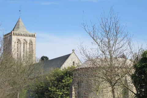 La Lucerne-d'Outremer : Abbaye